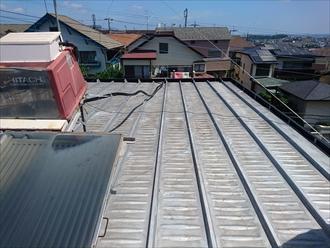 築40年ガルバリウム鋼板の陸屋根調査|川崎市多摩区