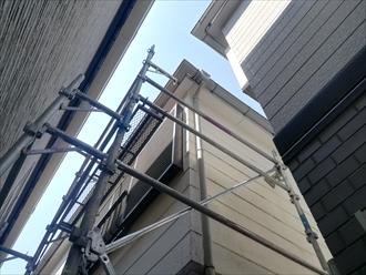 川崎市中原区にて雨樋の部分補修、軒樋亀裂部分の交換と集水マスの詰まりを解消いたしました