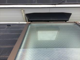 横浜市戸塚区の雨漏り調査、原因であるトップライトは交換も撤去処分も可能です2