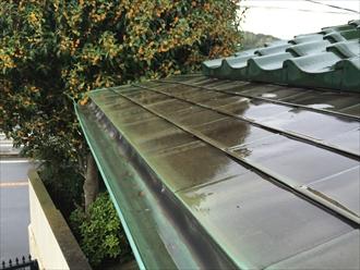 横浜市港南区で銅製雨樋の破損を調査、銅製や金属製の雨樋もお任せ下さい3