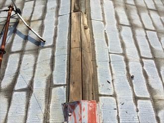 横浜市瀬谷区の屋根調査、風で野地板から剥がれた場合は屋根葺き替え工事2