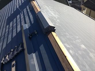 横浜市旭区今宿東町にて切妻屋根の棟板金交換工事