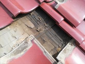 横浜市瀬谷区阿久和東で築30年の瓦屋根の雨漏り調査