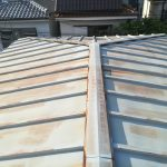 瓦棒葺き屋根
