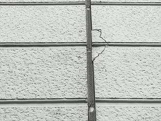 コーキングの劣化、外壁のひび割れ