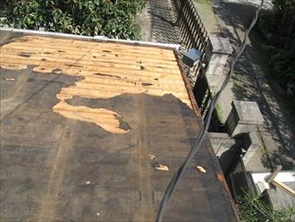 横浜市西区東久保町にて瓦棒葺き屋根の改修工事を行いました