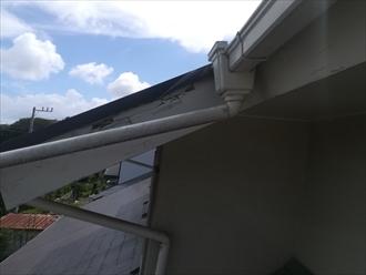 横浜市磯子区上中里にて築32年の建物調査、傷んだ破風・軒には板金巻きがお勧めです