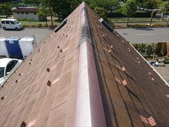 相模原市緑区大山町にて平屋住宅のトップライト付き矩勾配スレート屋根を調査