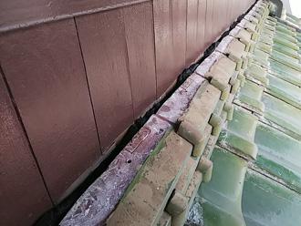 伊勢原市日向で下屋の漆喰剥がれから熨斗瓦積み直し工事を実施
