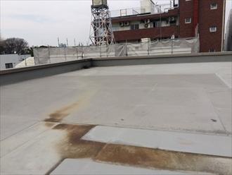 高座郡寒川町一之宮のマンションで防水調査、陸屋根の防水層はメンテナンスが必要です