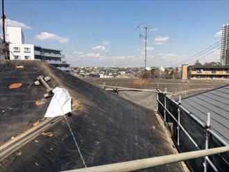藤沢市大庭屋根葺き替え工事既存コロニアル撤去後
