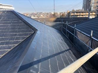 藤沢市大庭屋根葺き替え工事既存コロニアル撤去前