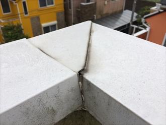 板金笠木の継ぎ目から雨漏り
