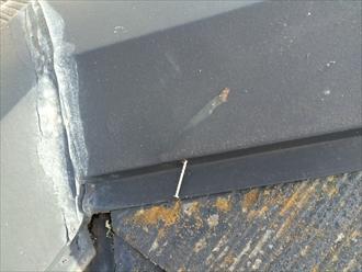 釘の抜けた棟板金は飛ばされやすい