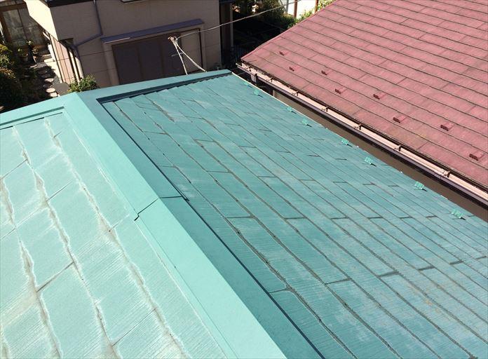 過去に屋根塗装を行ったスレート屋根を調査