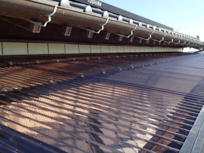 座間市緑ケ丘 ベランダのポリカ屋根交換工事 完了
