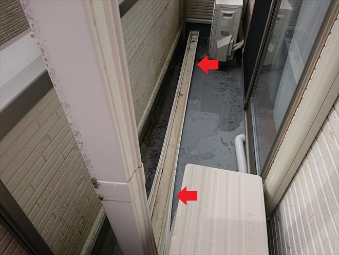藤沢市湘南台にて強風により雨樋が飛散、廃盤であるダイカポリマーの雨樋でしたが部分的な雨樋交換工事で対応可能です