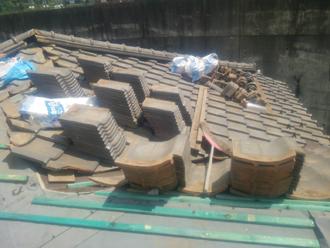 大和市深見 屋根葺き直し工事 屋根材設置