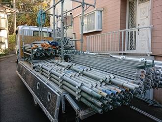 屋根工事でも塗装工事でも足場は必要です