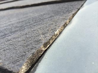 座間市明王でスレート屋根の調査、使用して10年が経過する頃に一度調査が必要です