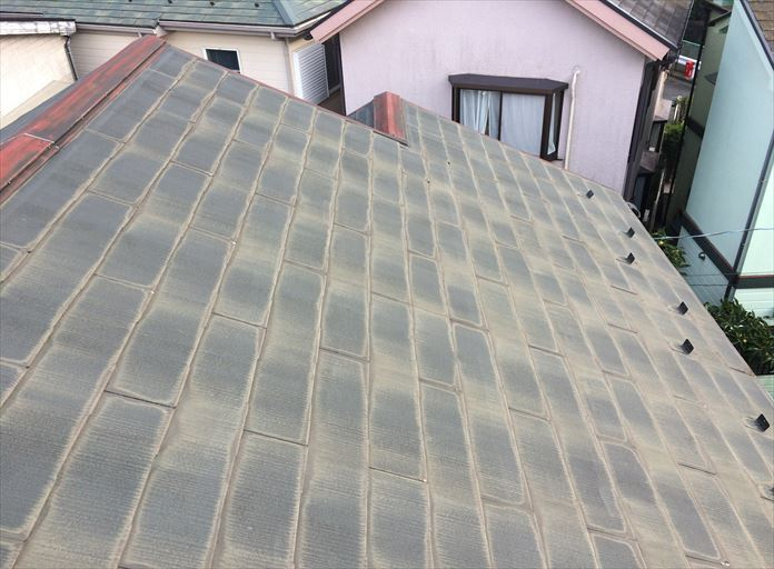 外部から見たスレート屋根