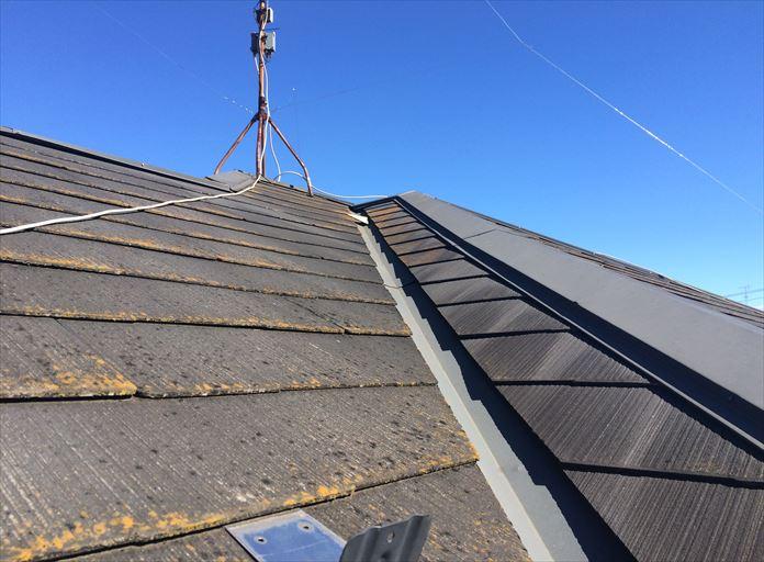 逗子市久木で調査したスレート屋根は屋根面によって傷みが全く違いました