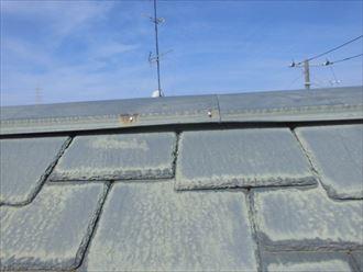 棟板金の浮きは貫板に原因がある