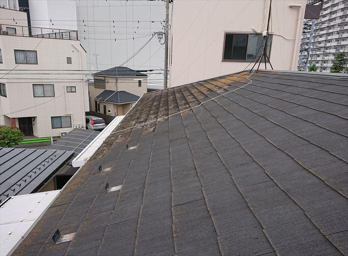 増築部分と一体にしたスレート屋根