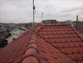 急勾配6寸屋根のセラマウントが使われた屋根