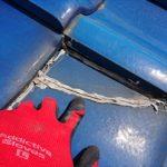 瓦屋根にはコーキングで隙間を塞いでは雨漏りに繋がります