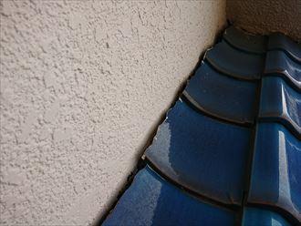 壁際は雨漏りに繋がるポイント