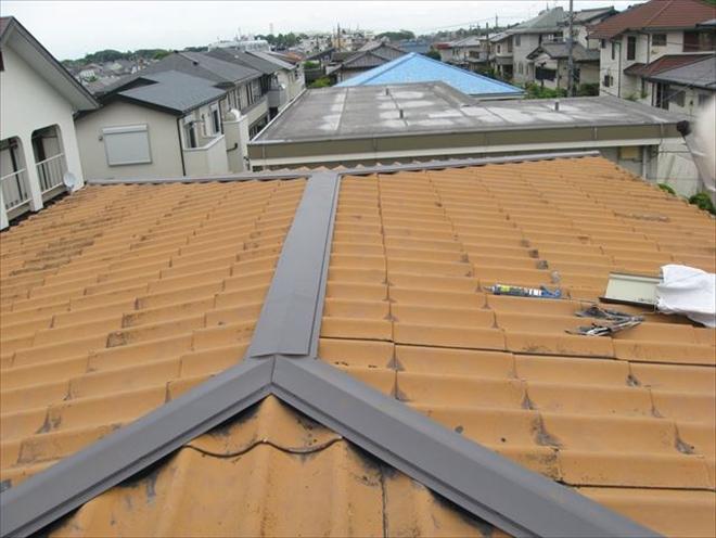 波型スレート屋根、棟交換工事完了