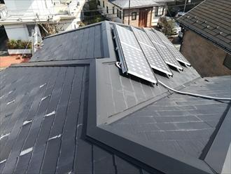 横浜市緑区霧が丘で太陽光パネルが設置された屋根を調査、メンテナンス方法のご紹介