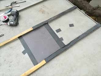 相模原市南区東林間にて瓦棒葺き屋根の部分補修工事を行いました