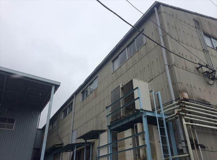 工場の屋根外壁のメンテナンスも承ります