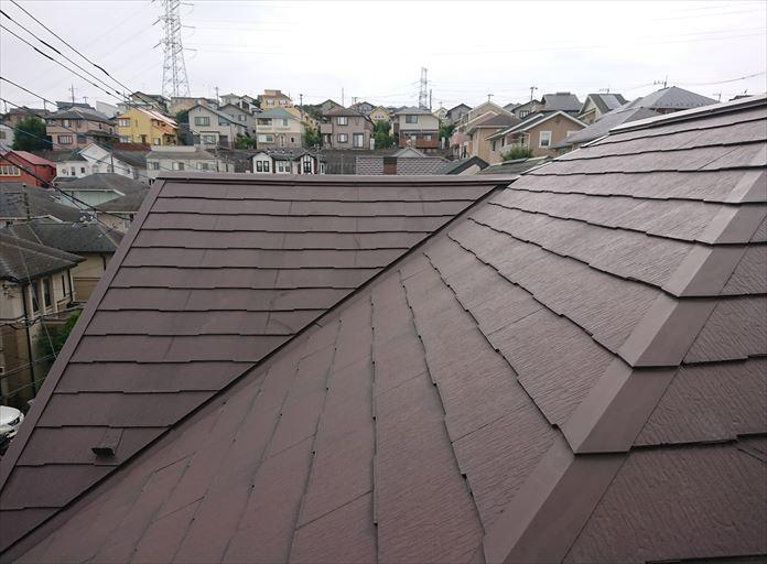 塗装されたスレート屋根の調査