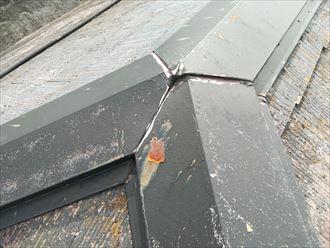 下り棟は貫板が傷みやすい