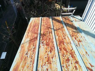 錆びが著しい瓦棒葺き