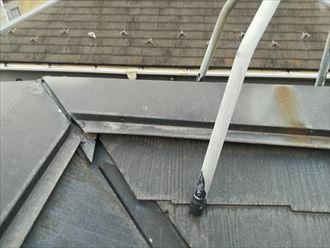 海老名市上今泉で築22年で一度塗装をされているスレート屋根の点検