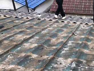 鎌倉市高野 セキスイかわらUの屋根の葺き替え工事 屋根材撤去