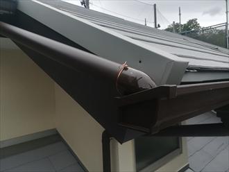 破風板板金巻き・雨樋設置完成