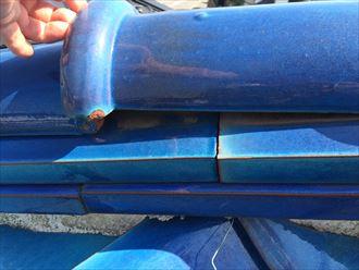 銅線切れた部分の冠瓦は固定されていない状態になる