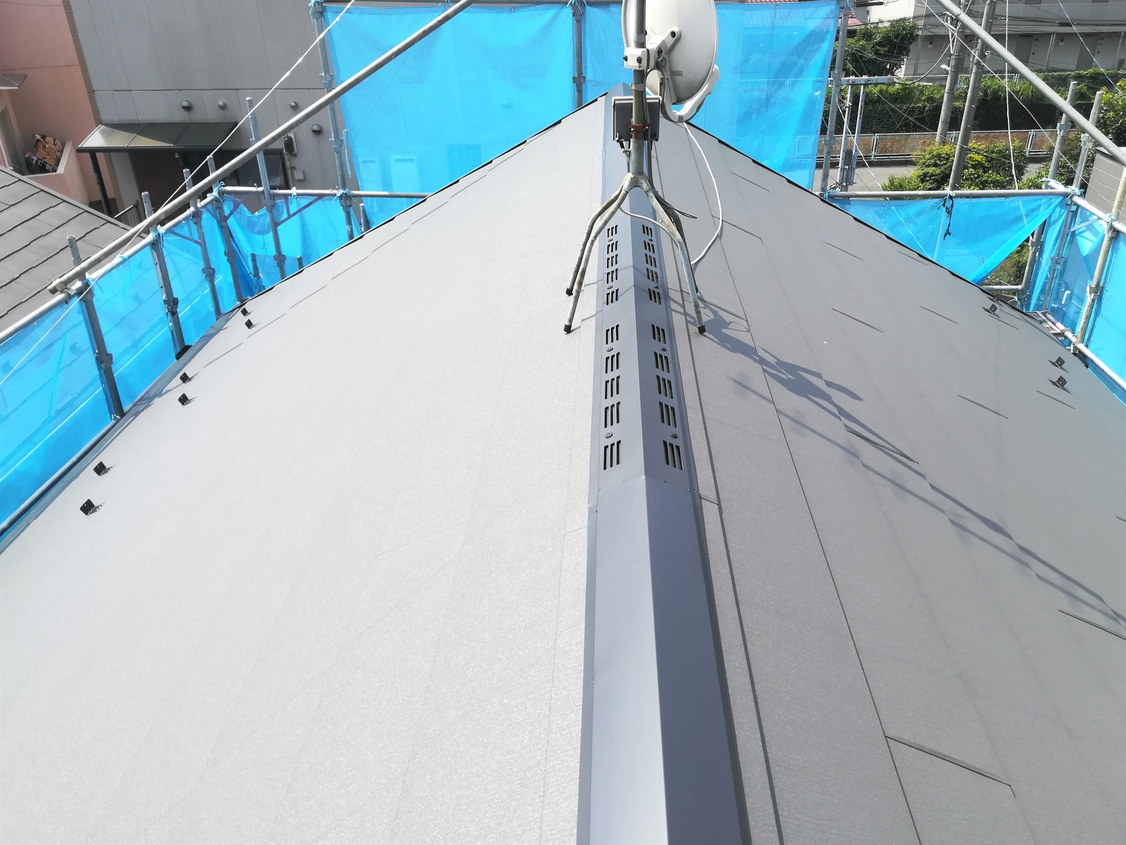 川崎市高津区久地にてニチハのパミールからアイジー工業のスーパーガルテクトへ屋根葺き替え工事