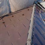 綾瀬市深谷南にて経年劣化したスレートを金属屋根材(ヒランビー)へ屋根カバー工法実施