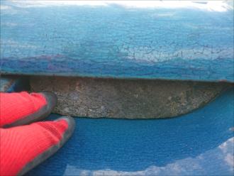棟瓦の土台には化粧漆喰が使われています