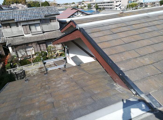 破風板と軒天を点検