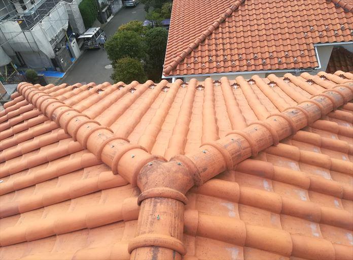 洋瓦を使用した瓦屋根もメンテナンスが必要なところがあります