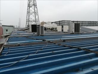 横浜市鶴見区駒岡にてプレハブ屋根からの雨漏り、改修工事のご相談