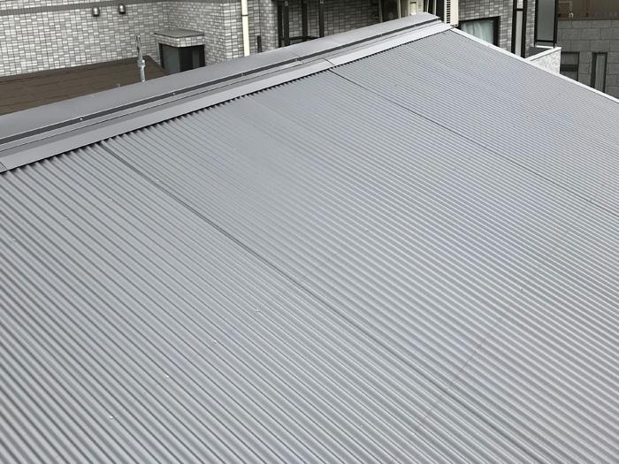 綾瀬市寺尾西 金属屋根材への葺き替え工事完了