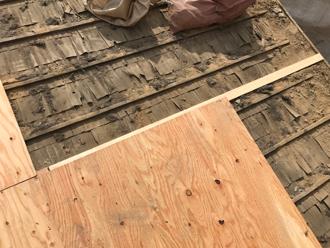 三浦市初声町入江 屋根葺き替え工事 野地板設置